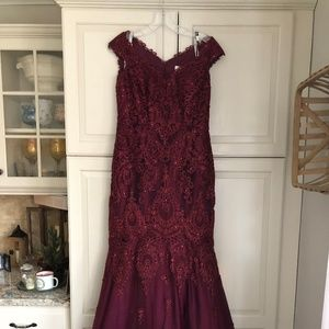 Queen Fit Gowns Dresses Skirts On Poshmark